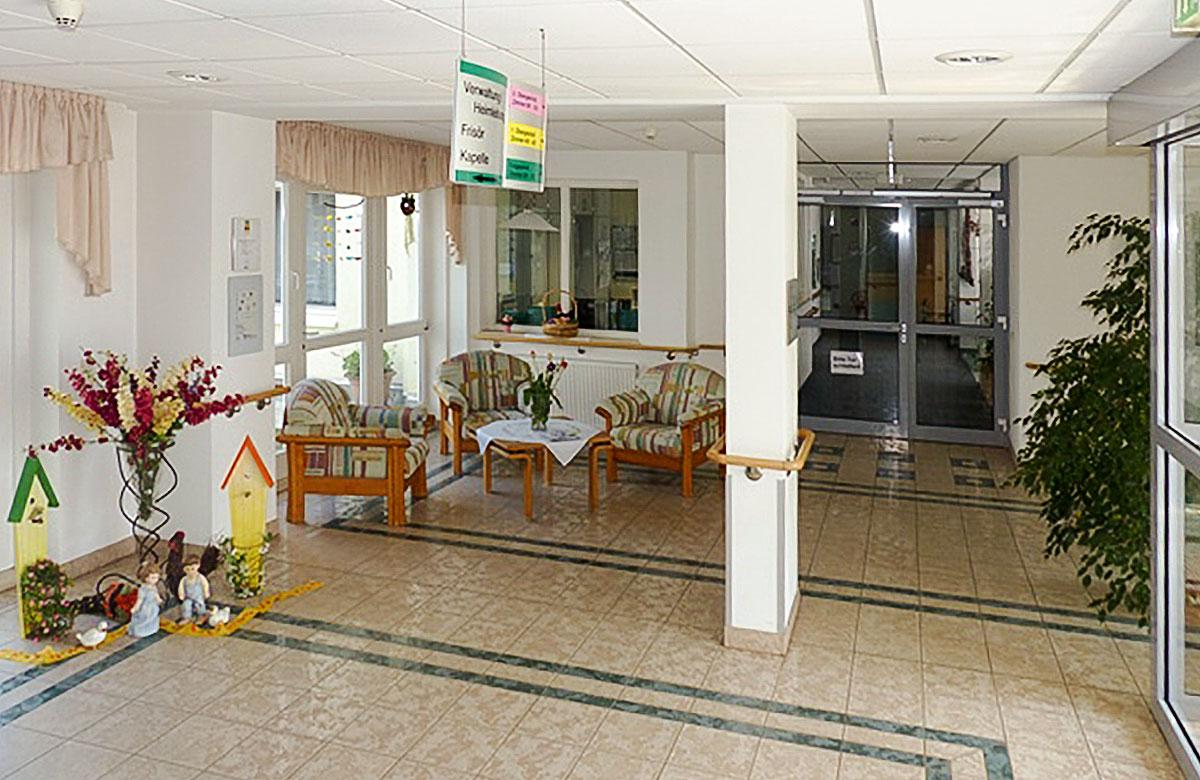 """Foyer des Altenpflegezentrum """"St. Josefshaus"""" in Niederorschel"""